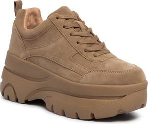 Sneakersy Steve Madden sznurowane na platformie