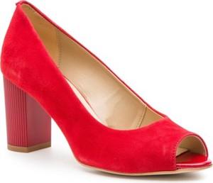Czerwone czółenka Lasocki