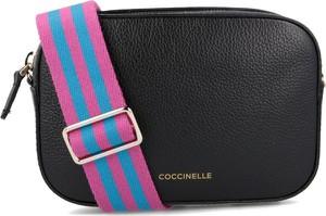 Czarna torebka Coccinelle na ramię