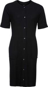 Czarna sukienka bonprix BODYFLIRT z krótkim rękawem z okrągłym dekoltem z dzianiny