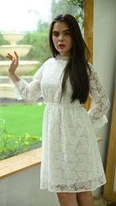 Sukienka Justmelove z długim rękawem z okrągłym dekoltem mini