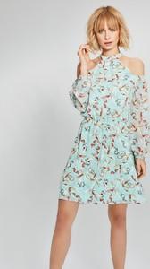 Sukienka FEMESTAGE Eva Minge z dekoltem typu choker z długim rękawem