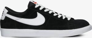 Czarne buty sportowe Nike sznurowane w sportowym stylu ze skóry