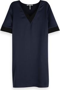 Sukienka Scotch & Soda z krótkim rękawem z dekoltem w kształcie litery v