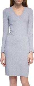 Sukienka Yuliya Babich w stylu casual z długim rękawem z dekoltem w kształcie litery v