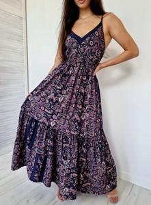 Fioletowa sukienka Ottanta z jedwabiu maxi z dekoltem w kształcie litery v