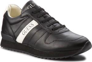 Czarne buty sportowe Guess w sportowym stylu sznurowane