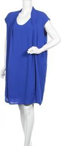 Niebieska sukienka Gabrielle By Molly Bracken prosta