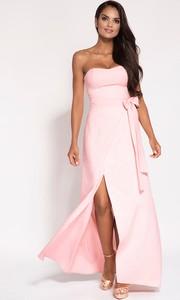 Różowa sukienka Dursi