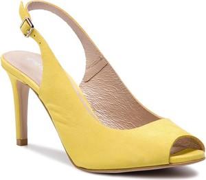 Żółte sandały Gino Rossi z klamrami