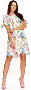 Sukienka Nubile z okrągłym dekoltem z krótkim rękawem
