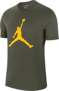 T-shirt Jordan z nadrukiem w sportowym stylu