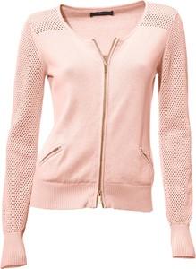 Różowy sweter Heine z bawełny