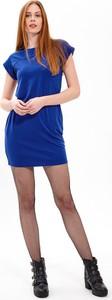Niebieska sukienka Gate z okrągłym dekoltem mini