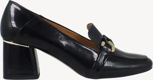 Czarne półbuty Botimo w stylu casual ze skóry