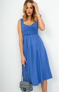 Niebieska sukienka ZOiO.pl z tkaniny