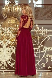 Czerwona sukienka omnido.pl z długim rękawem rozkloszowana maxi