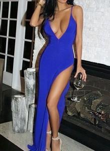 Niebieska sukienka Arilook na ramiączkach maxi z dekoltem w kształcie litery v