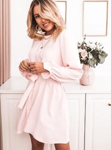 Różowa sukienka SELFIEROOM z długim rękawem rozkloszowana mini