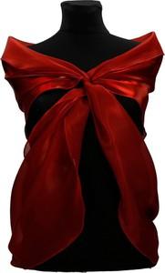 Czerwony szalik Fokus w stylu glamour