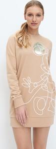 Sukienka Mohito z dresówki mini z okrągłym dekoltem