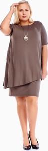 Brązowa sukienka Fokus dla puszystych mini z okrągłym dekoltem