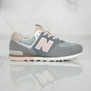 Buty sportowe New Balance sznurowane z płaską podeszwą 574