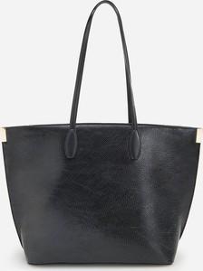 Czarna torebka Reserved duża w wakacyjnym stylu