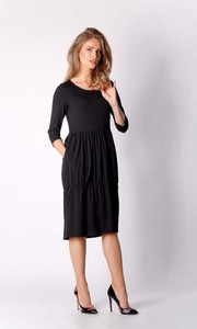Czarna sukienka Nommo z bawełny bombka z długim rękawem