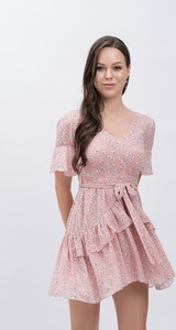 Sukienka Justmelove z dekoltem w kształcie litery v