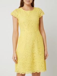 Żółta sukienka Hugo Boss z okrągłym dekoltem w stylu casual mini
