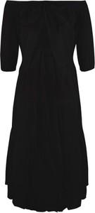 Czarna sukienka Byinsomnia z odkrytymi ramionami