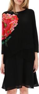 Czarna sukienka Desigual z okrągłym dekoltem mini z długim rękawem