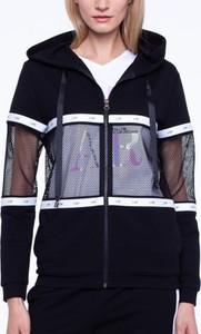 Czarna bluza L'AF krótka w młodzieżowym stylu z dresówki