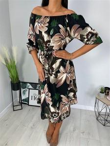 Sukienka ModnaKiecka.pl midi trapezowa w stylu casual