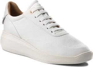 Buty sportowe Geox na koturnie w stylu casual ze skóry ekologicznej