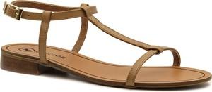 Brązowe sandały Neścior z płaską podeszwą z klamrami w stylu casual
