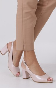 Różowe sandały Sergio Leone na obcasie z klamrami