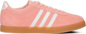 Różowe trampki Adidas sznurowane w sportowym stylu
