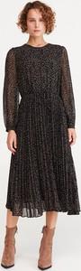 Czarna sukienka Reserved midi w stylu casual z długim rękawem