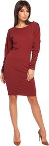 Czerwona sukienka Be z okrągłym dekoltem z długim rękawem