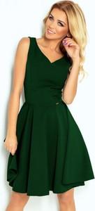 Zielona sukienka NUMOCO z dekoltem w kształcie litery v midi