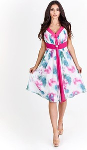 Sukienka Fokus z dekoltem w kształcie litery v w stylu boho z szyfonu