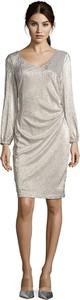 Sukienka Vera Mont z długim rękawem z okrągłym dekoltem