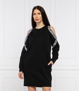 Sukienka Karl Lagerfeld z długim rękawem z okrągłym dekoltem