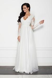 Sukienka LAVIKA z tiulu z dekoltem w kształcie litery v