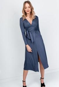 Niebieska sukienka ZOiO.pl midi w stylu casual