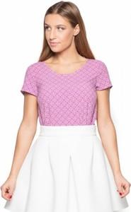 Różowa bluzka Katrus z tkaniny z krótkim rękawem