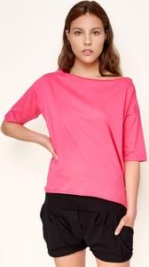T-shirt Byinsomnia z krótkim rękawem z okrągłym dekoltem z bawełny