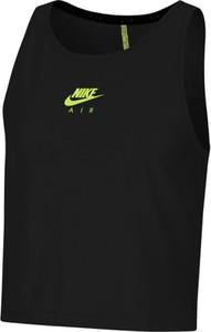 Czarny top Nike w sportowym stylu